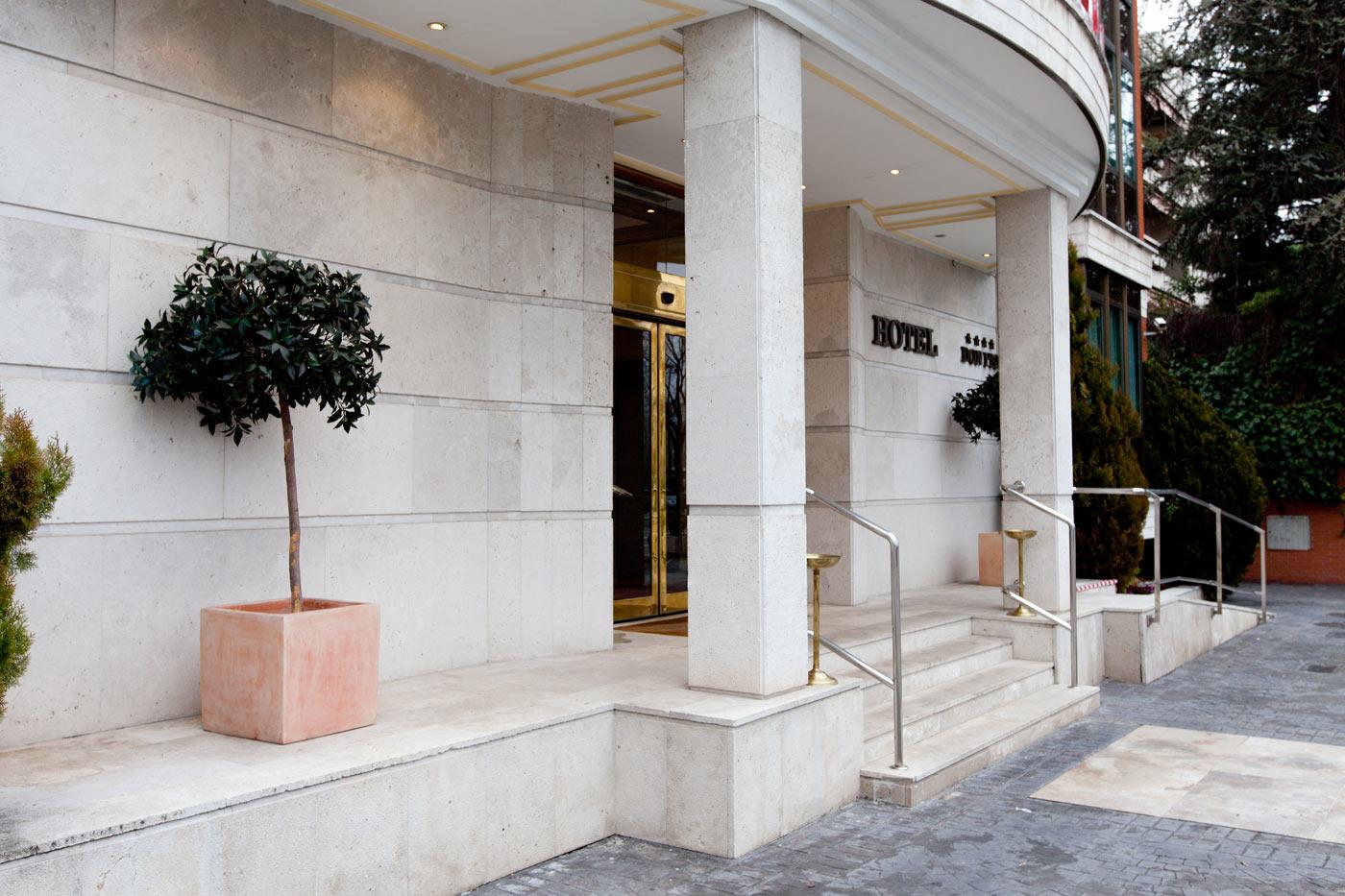 Hotel Don Pio - Facade